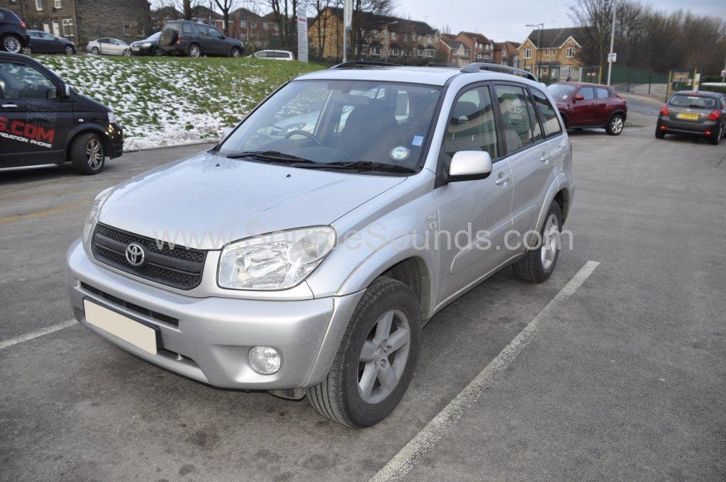 Toyota Rav4 2004 stereo upgrade 001