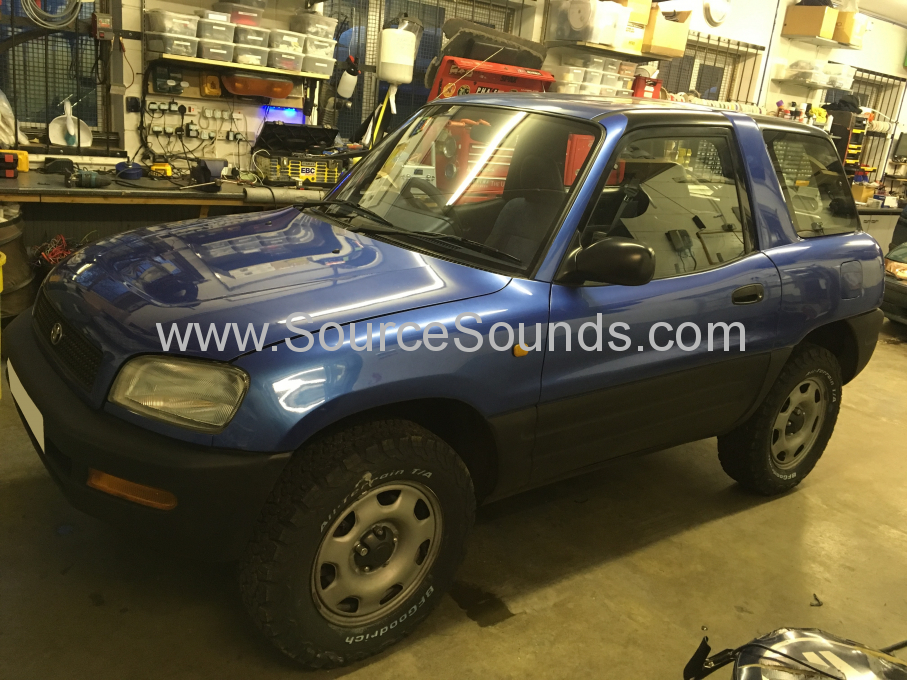 Toyota Rav4 1997 audio upgrade 001