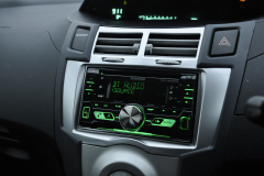 Toyota Yaris 2006 DAB radio upgrade 006