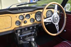 Triumph TR250 1968 audio upgrade 004