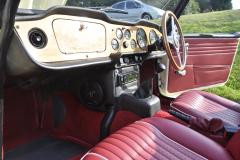 Triumph TR250 1968 audio upgrade 008
