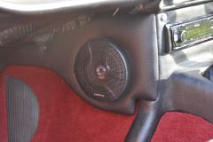 Triumph TR250 1968 audio upgrade 009