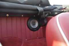 Triumph TR250 1968 audio upgrade 011