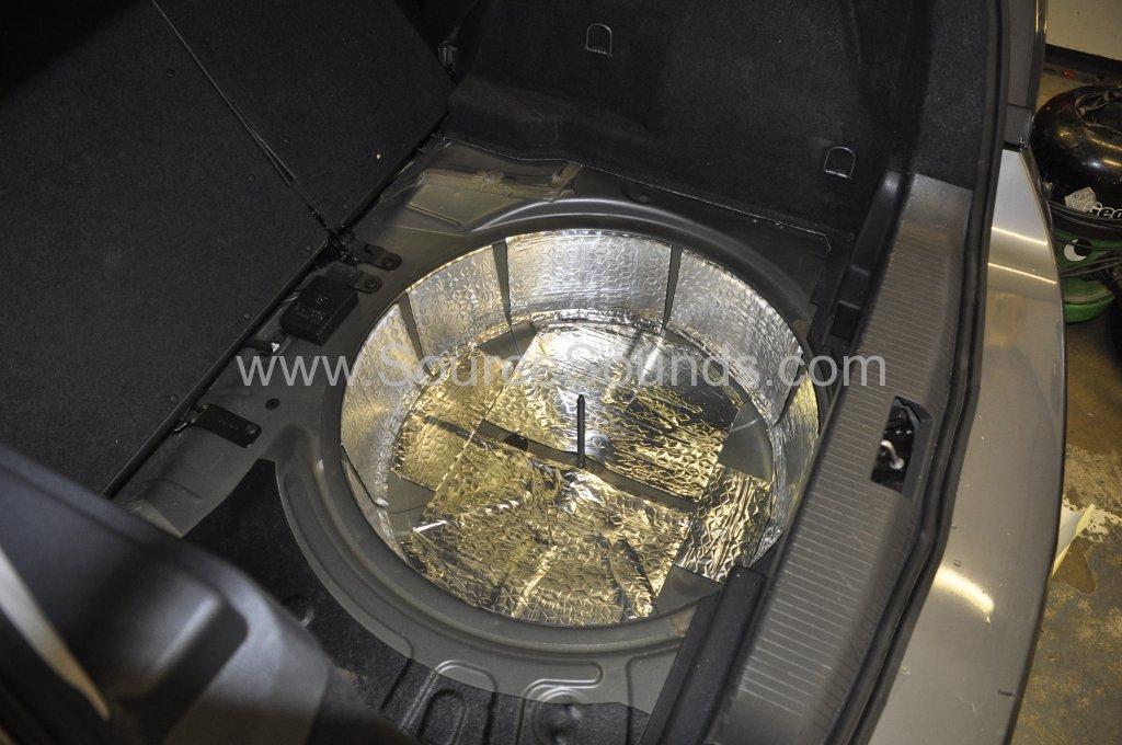 Vauxhall Astra 2007 sound proofing upgrade 004