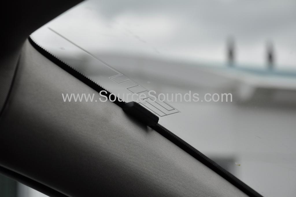 Vauxhall Astra 2010 DAB upgrade 011