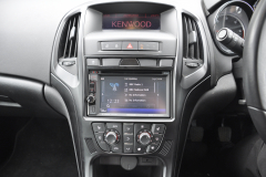 Vauxhall Astra 2010 DAB upgrade 004