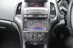Vauxhall Astra 2010 DAB upgrade 005