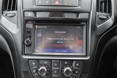 Vauxhall Astra 2010 DAB upgrade 007