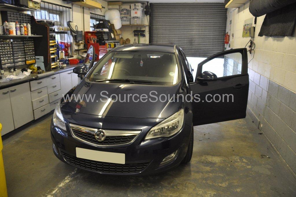 Vauxhall Astra CDTi 2011 bluetooth upgrade 001