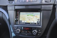 Vauxhall Insignia 2011 kenwood DAB upgrade 008