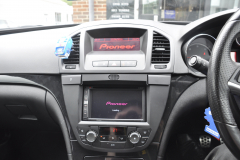 Vauxhall Insignia 2011 reverse camera upgrade 004