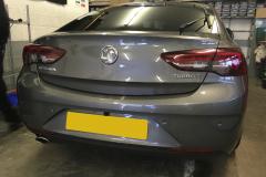 Vauxhall Insignia 2017 reverse camera moving lines 002
