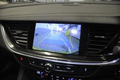 Vauxhall Insignia 2017 reverse camera moving lines 007