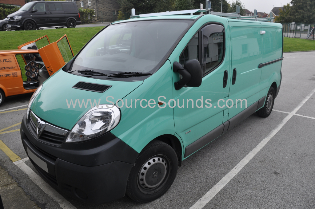 Vauxhall Vivaro 2013 apple car play 001