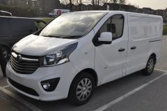 Vauxhall Vivaro 2017 DAB upgrade 001