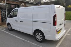 Vauxhall Vivaro 2017 DAB upgrade 002