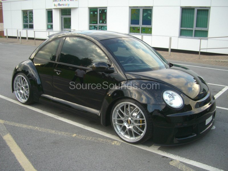 vw-beetle-screens-001