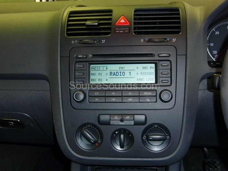 Vw Golf Mk5 on car audio installation