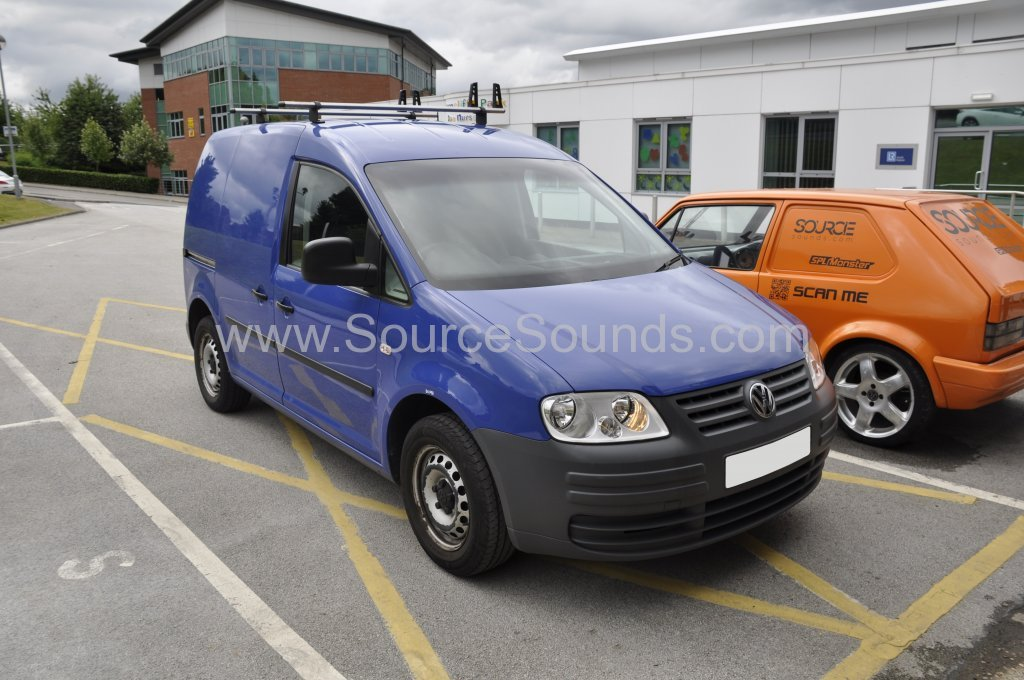 VW Caddy 2009 DAB stereo upgrade 001