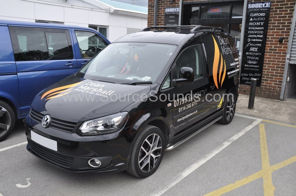 VW Caddy 2014 reverse camera upgrade 001