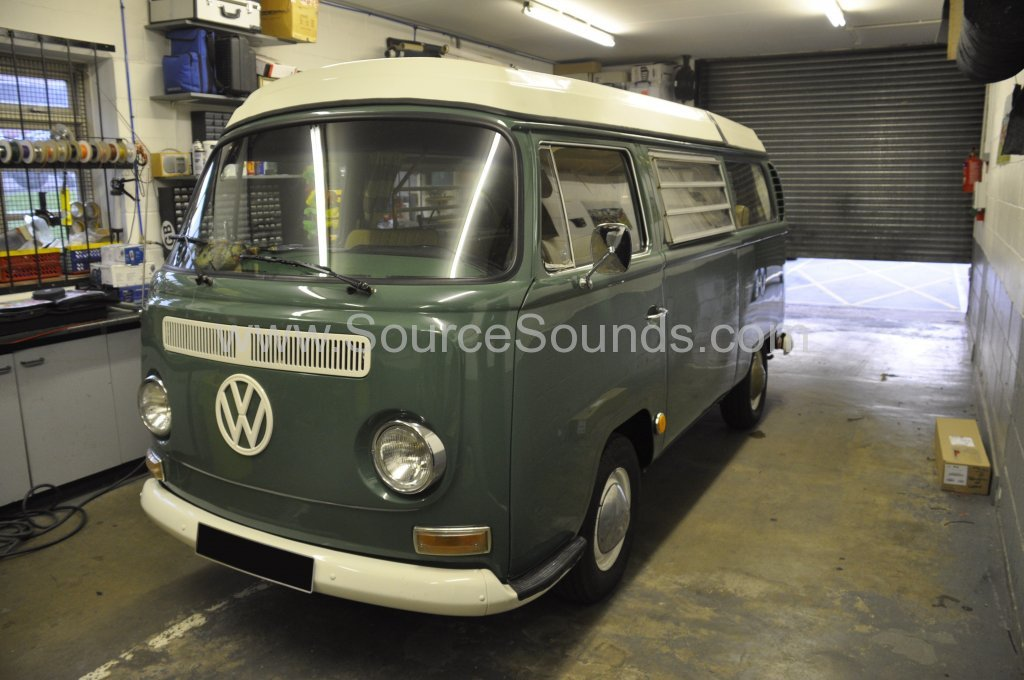 VW Camper 1967 audio upgrade 001