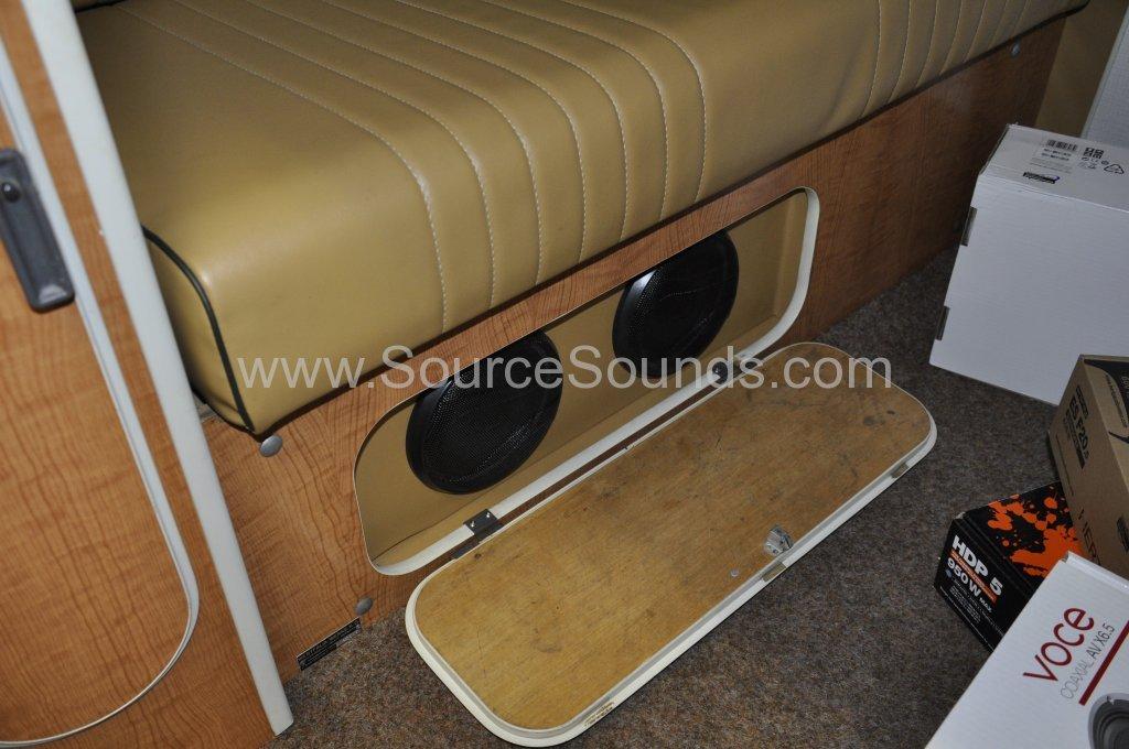 VW Camper 1967 audio upgrade 012