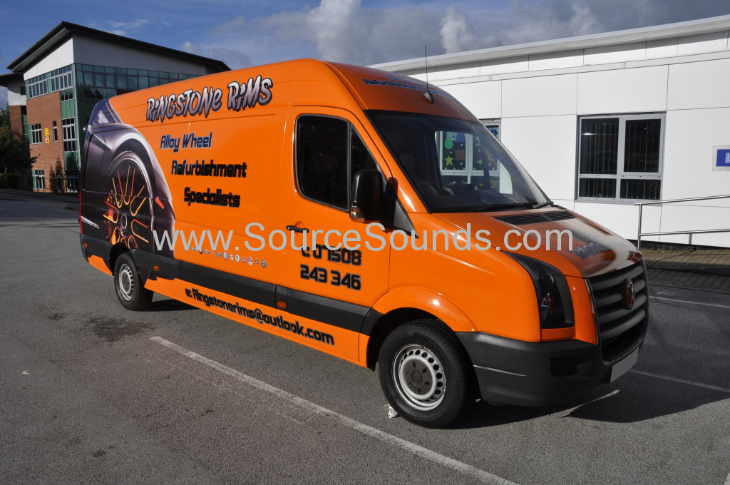 VW Crafter 2010 DAB screen upgrade 001