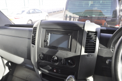 VW Crafter 2010 DAB screen upgrade 002