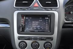 VW EOS 2007 reverse camera upgrade 004