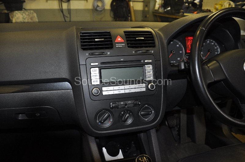 vw-golf-2008-navigation-upgrade-001