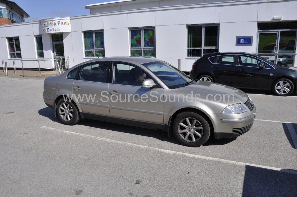 VW Passat 2004 DAB upgrade 001.JPG