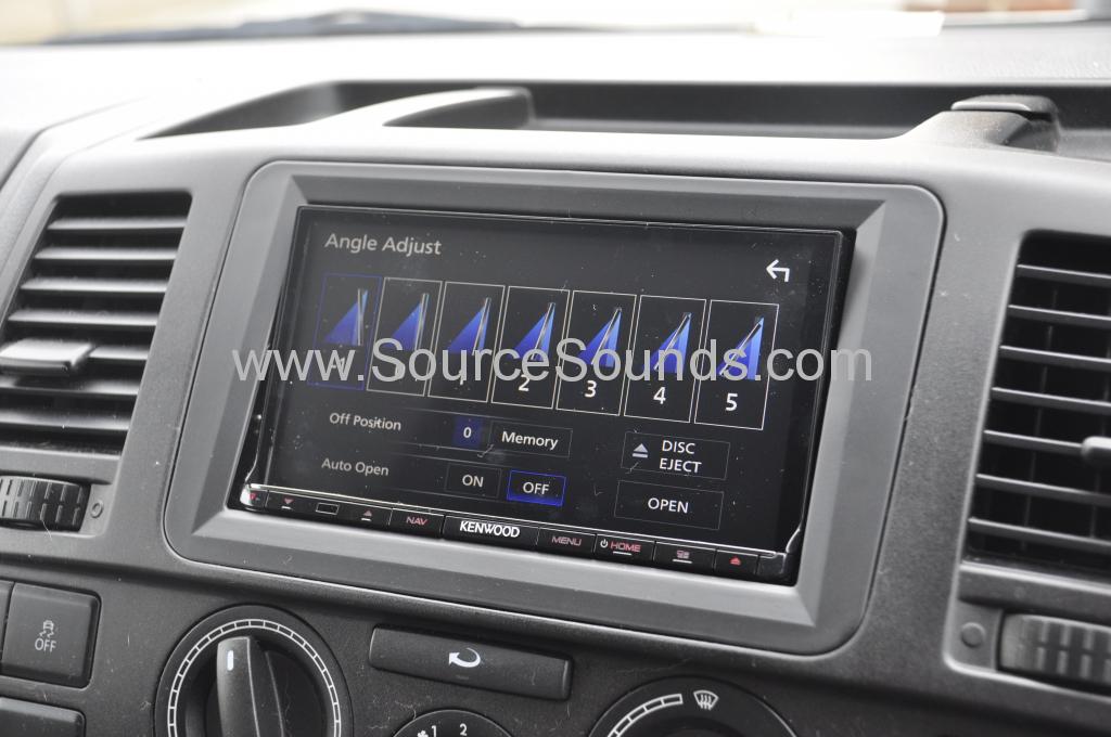 VW T5 2012 DAB screen upgrade 003