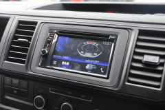 VW Transporter T6 2015 DAB screen upgrde 003