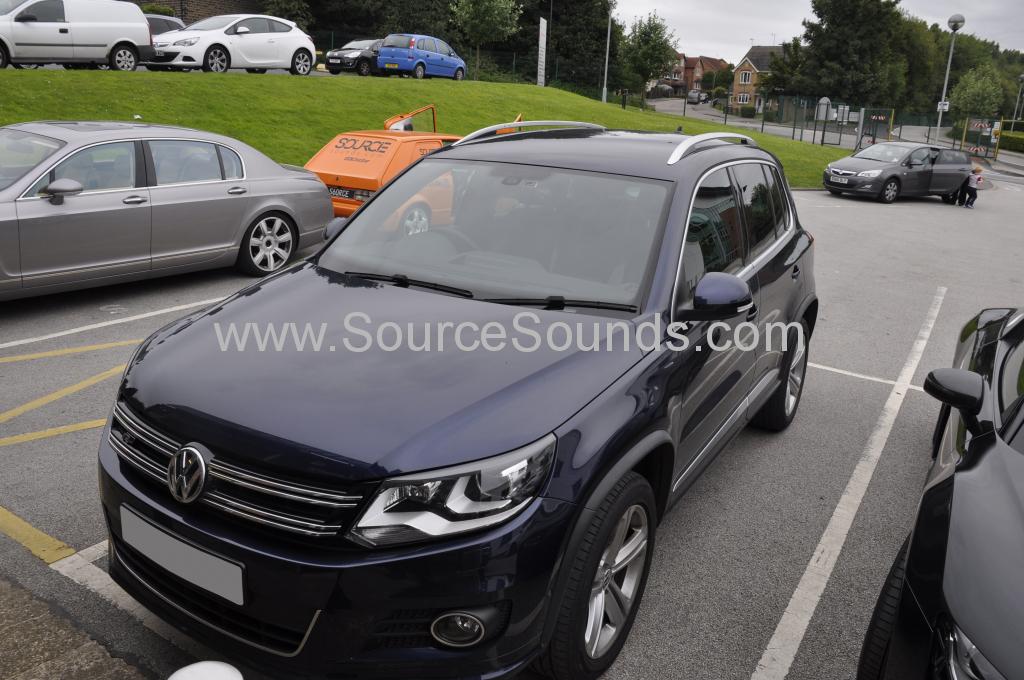 VW Tiguan 2014 Dash camera upgrade 001