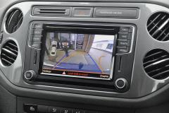 VW Tiguan 2016 reverse camera 005