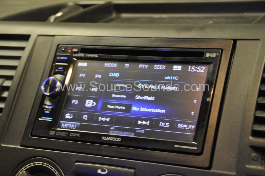 VW Transporter 2007 DAB Upgrade 004