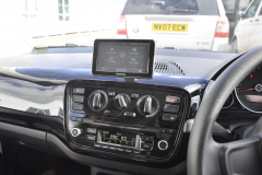 VW Up 2012 retro fit navigation 004